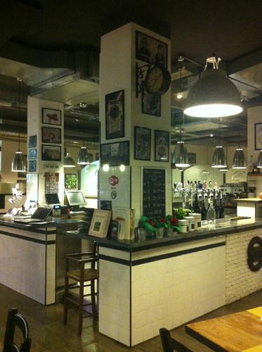 emporio-pizzeria-ristorante-griglieria-via-ugo-ojetti-494-roma-1010g