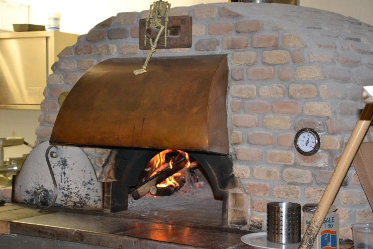emporio-pizzeria-ristorante-griglieria-via-ugo-ojetti-494-roma-11